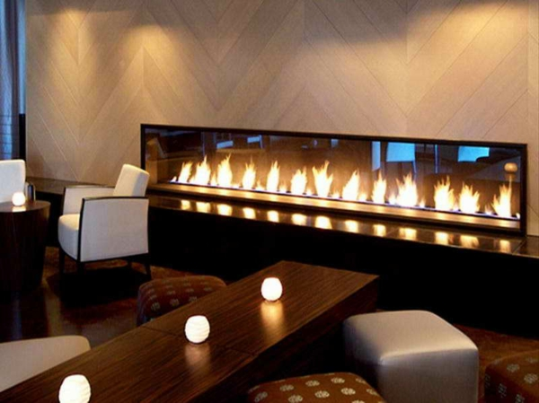 cheminée-contemporaine-cheminée-à-gaz-jolies-flammes