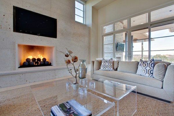 cheminée-contemporaine-intérieur-en-couleurs-claires