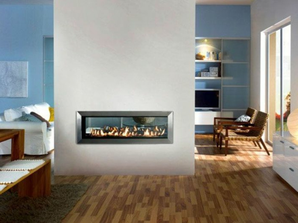 cheminée-contemporaine-un-foyer-éléctrique-à-double-face
