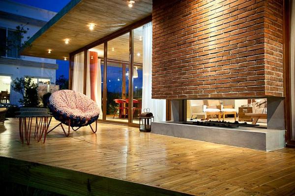 La d co avec une chemin e contemporaine for Brique foyer interieur