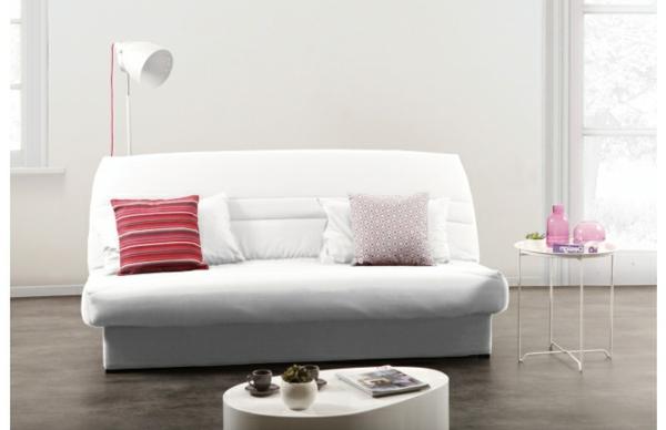 clic-clac-blanc-sofa-en-blanc-avec-des-coussin-décorative