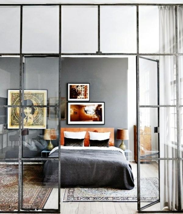 cloison-vitrée-intérieure-chambre-à-coucher-vintage