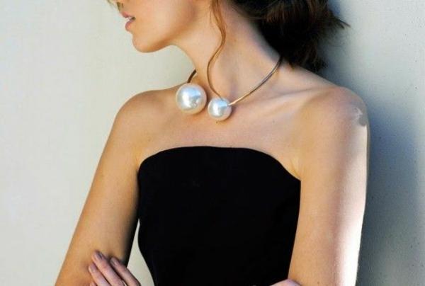collier-torque-deux-boules-perlées