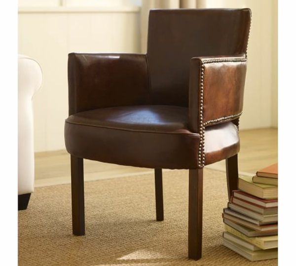 cool-design-pour-votre-chaise-en-cuir-avec-des-livre-deco