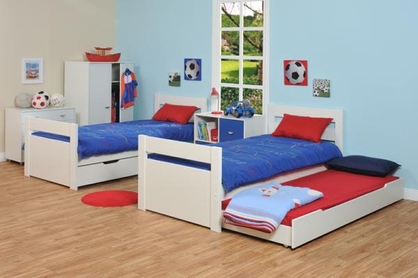cool-double-lit-pour-vos-garçon-et-des-drapeaux-en-bleu-et-rouge