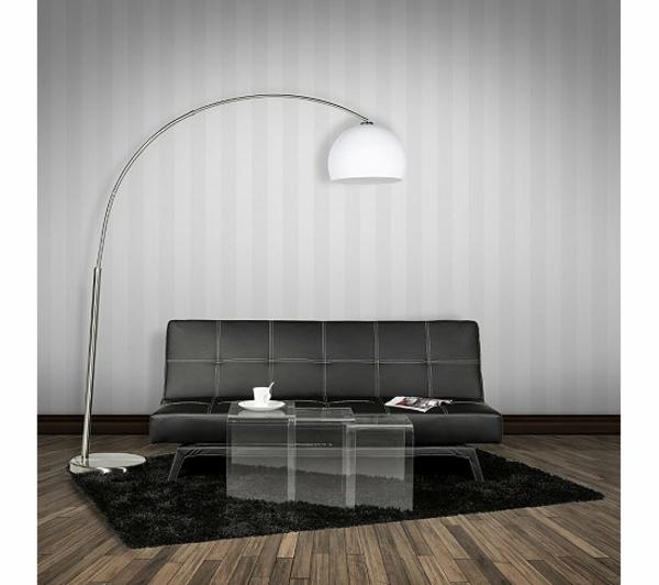 cuir-et-lampe-en-blanc-avec-un-sol