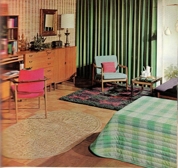 décoration-vintage-intérieur-en-couleurs-intenses