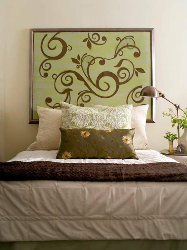 doux-couleurs-pour-votre-decoration-avec-une-peinture-en-beige-et-des-motifs-florals