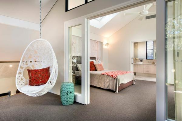 fauteuil-suspendu-chambre-à-coucher-moderne