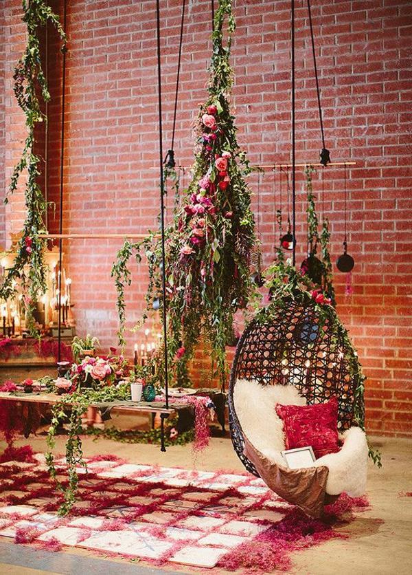fauteuil-suspendu-décoration-florale-originale
