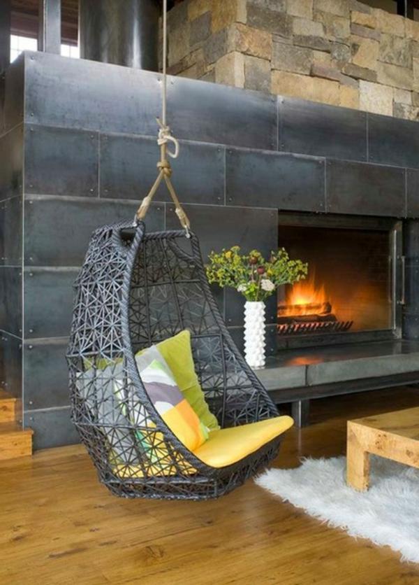 fauteuil-suspendu-grande-cheminée