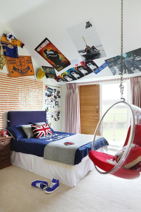 fauteuil-suspendu-transparent-dans-une-chambre-d'ado