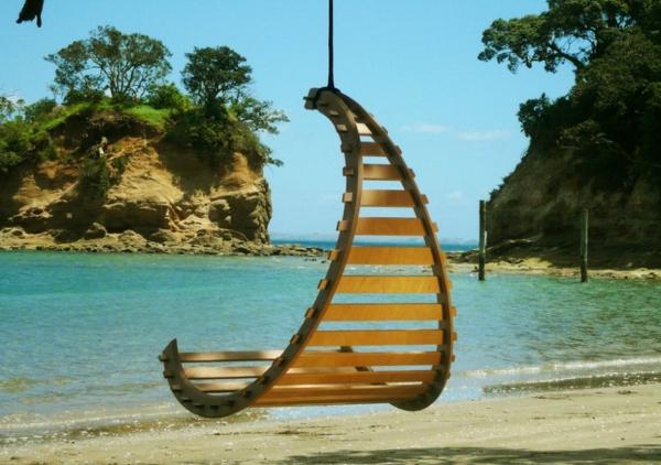 fauteuil-suspendu-une-jolie-plage