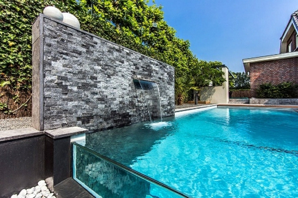 La d co ext rieure avec une fontaine murale - Fontaine murale exterieure pour jardin terrasse et piscine ...
