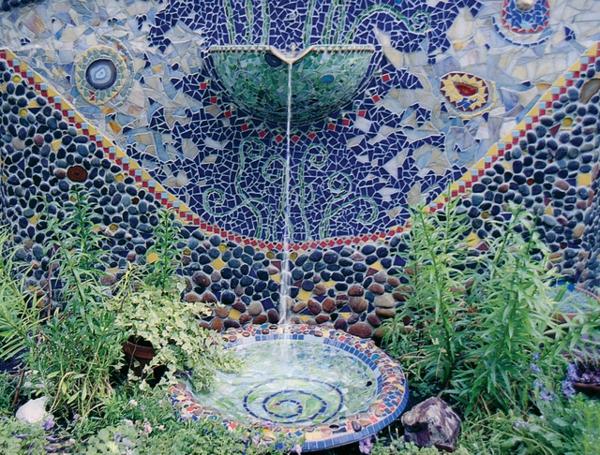 fontaine-murale-une-fontaine-céramique