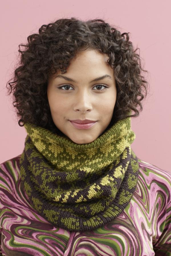 foulard-tube-écharpe-au-crochet-vert