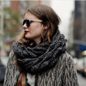 Le foulard tube - inspirez-vous pour un hiver stylé!