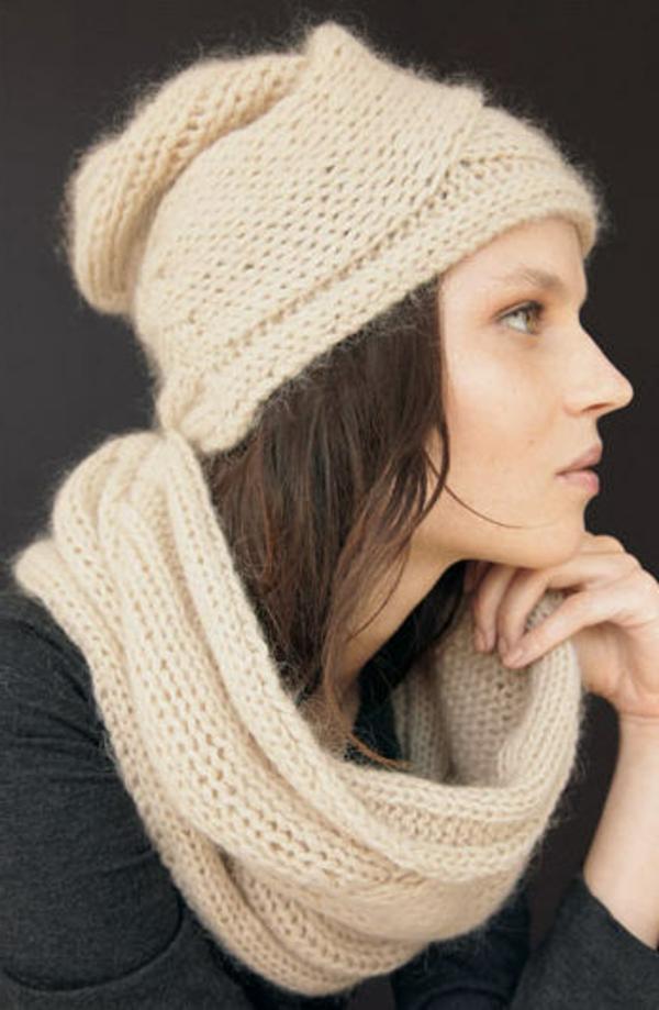 foulard-tube-une-écharpe-infinie-en-beige