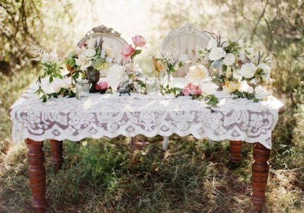 idee-de-deco-pour-mariage-champetre-et-des-meubles-uniques