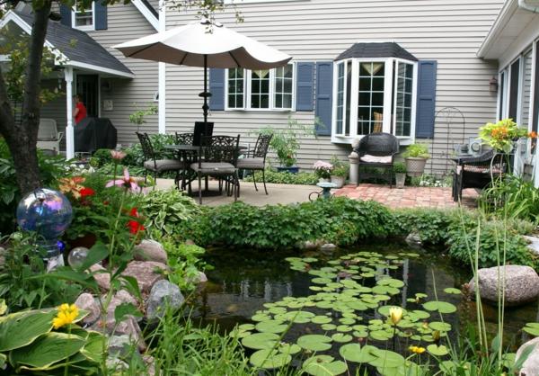 jardin-aquatique-joli-jardin-avec-étang