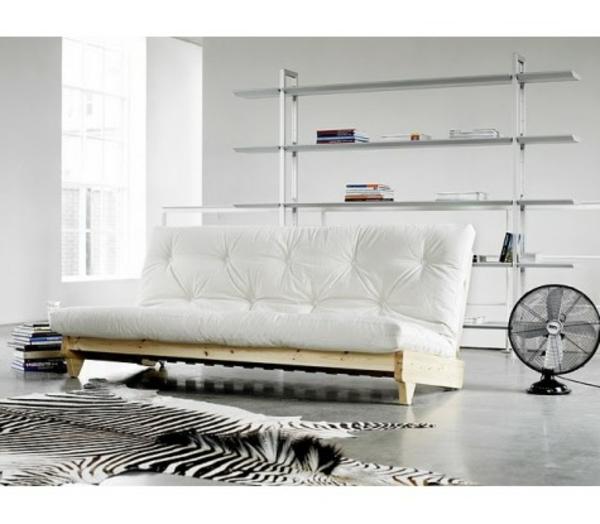 jolie-canapé-pour-votre-design-du-luxe-en-blanc-vintage