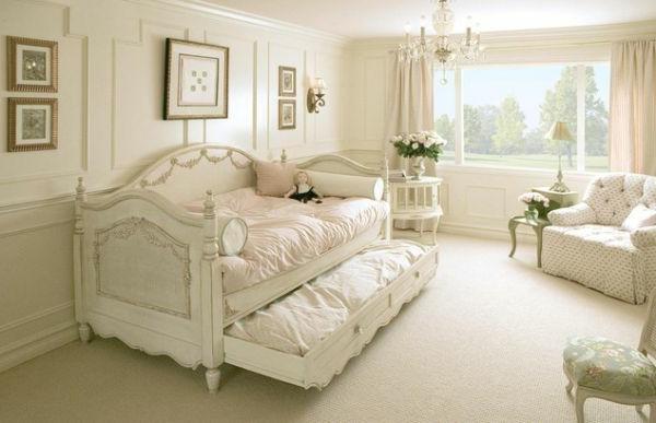 jolie-design-en-blanc-en-rtro-classique