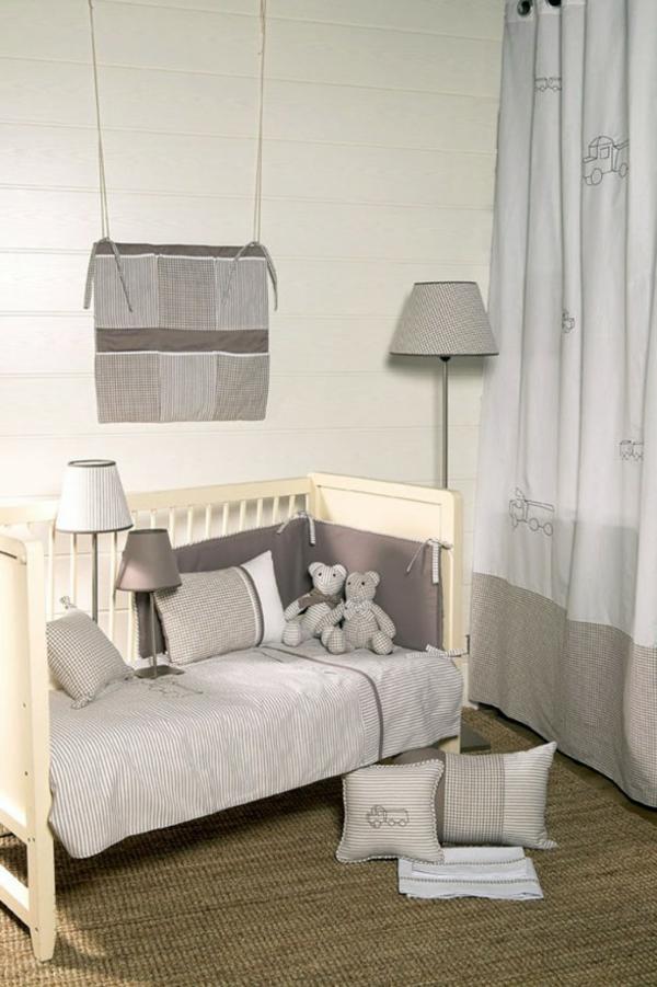 jolie-design-pour-votre-lit-d'enfant-en-ivoir