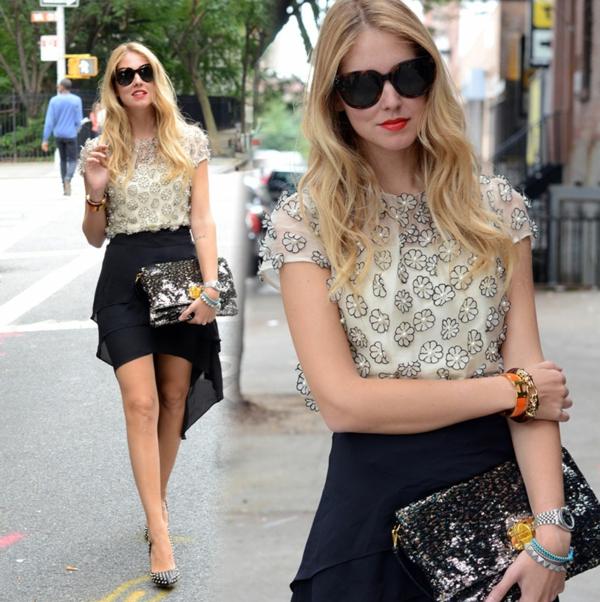 jupe-asymétrique-courte-et-une-blouse-douce-florale