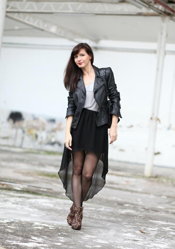 jupe-asymétrique-modèle-noir-féérique