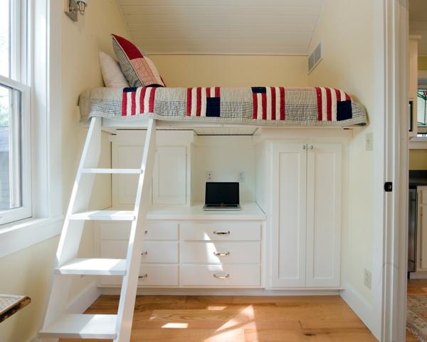 Le lit sur lev designs amusants - Lit mezzanine hauteur sous plafond ...