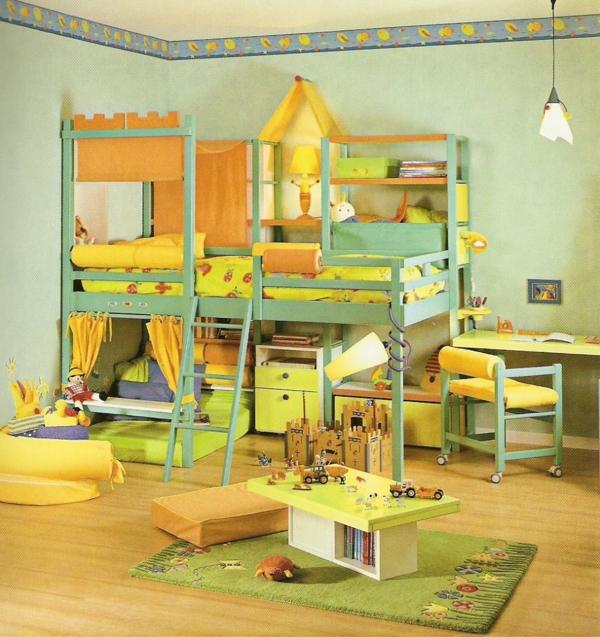 lit-surélevé-un-lit-loft-dans-une-chambre-d'enfants-superbe-en-jaune-et-vert