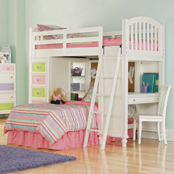 lits-superposés-construction-lits-avec-bureau