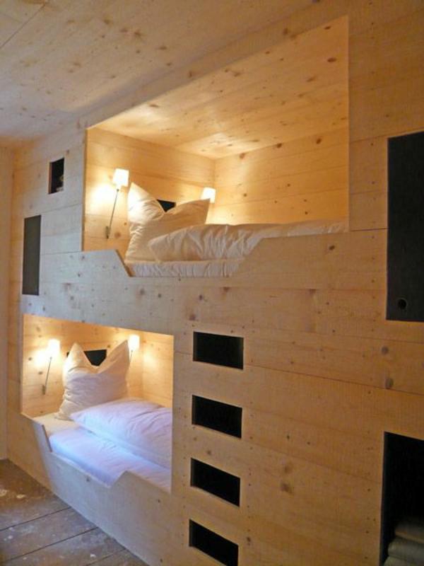 lits-superposés-design-beau-et-simple-en-bois-finition-naturelle
