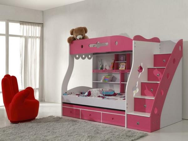 lits-superposés-escalier-avec-rangement-un-fauteuil-original