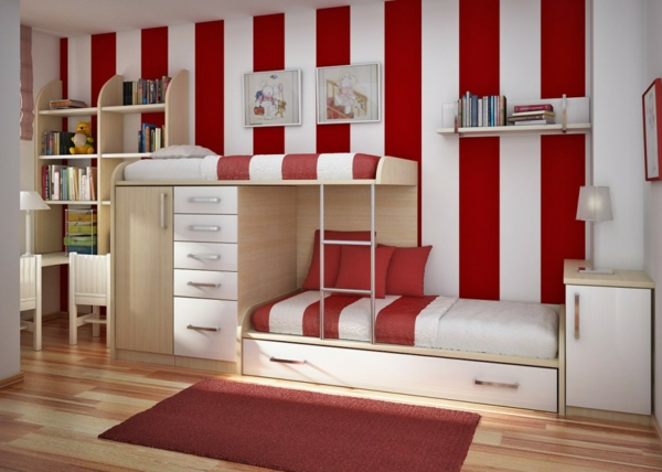 lits-superposés-modèles-innovatifs-un-mur-rayé