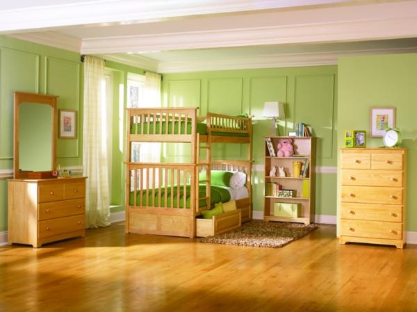 lits-superposés-murs-verts-plancher-en-bois