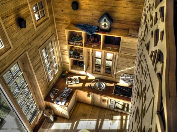 menuiserie-intérieure-une-cuisine-dans-les-Alpes