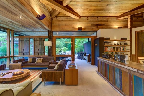menuisierie-intérieure-plafond-en-bois