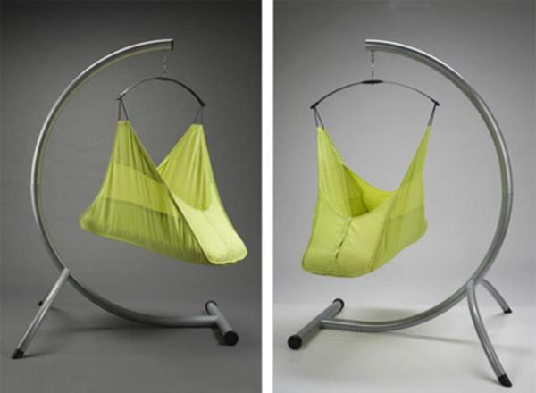 original-idée-pour-une-balançoire-en-vert--lit-de-bébé-evolutif