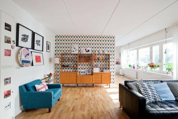 papier-peint-graphique-salle-de-séjour-artistique-sofa-en-cuir