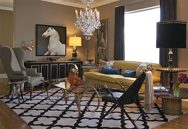 peinture-taupe-un-salon-unique-plafonnier-en-cristal-tapis-géométrique