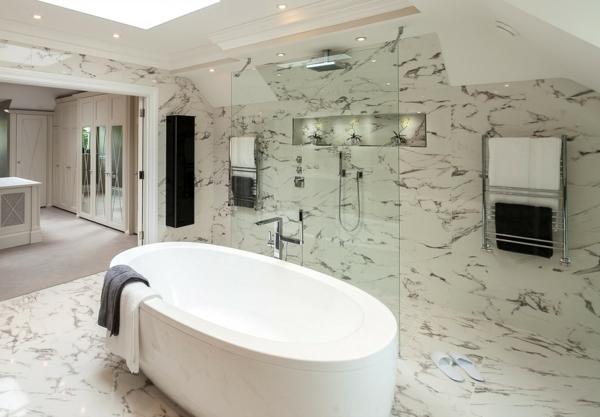 pierre-naturelle-pour-l'intérieur-salle-de-bain-blanche