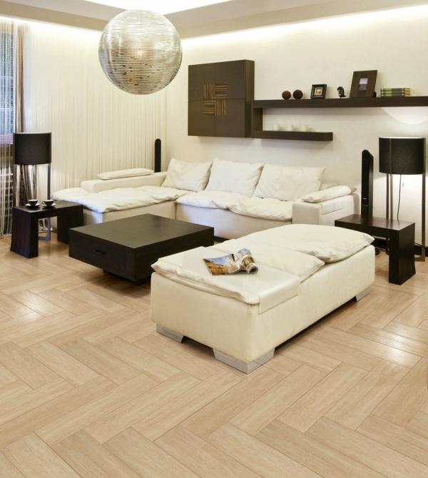 suspension-boule-salle-de-séjour-beige-sofas-en-couleur-crème