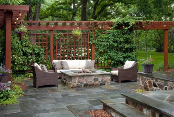 La d coration ext rieure avec un treillis de jardin - Idee jardin contemporain ...