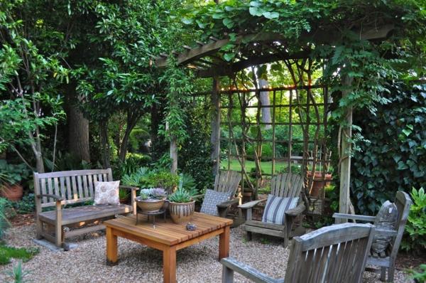 treillis-de-jardin-jardin-magnifique-salon-de-jardin-en-bois