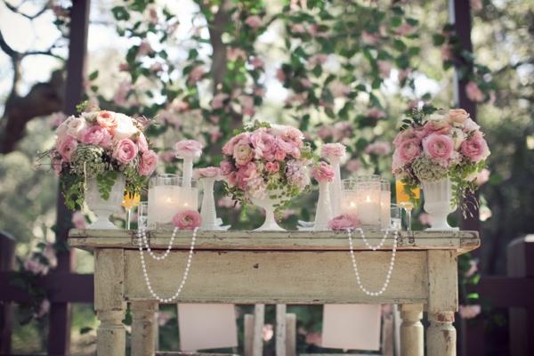 unique-vintage-décoration-pour-votre-mariage-avec-des-fleurs