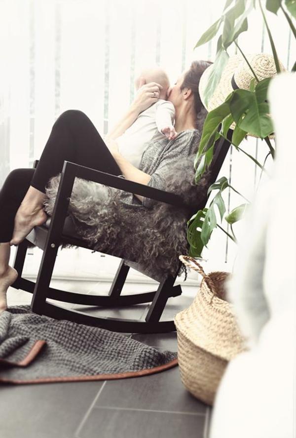 1-chaise-berceuse-bébé