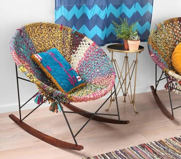 1-chaise-berceuse-coloré