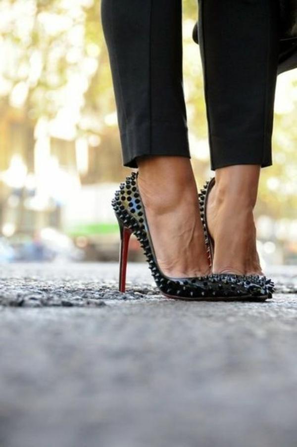 1-chaussures-à-talon-noires
