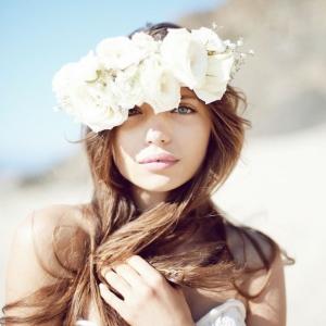 Couronne de fleurs pour votre coiffure parfaite